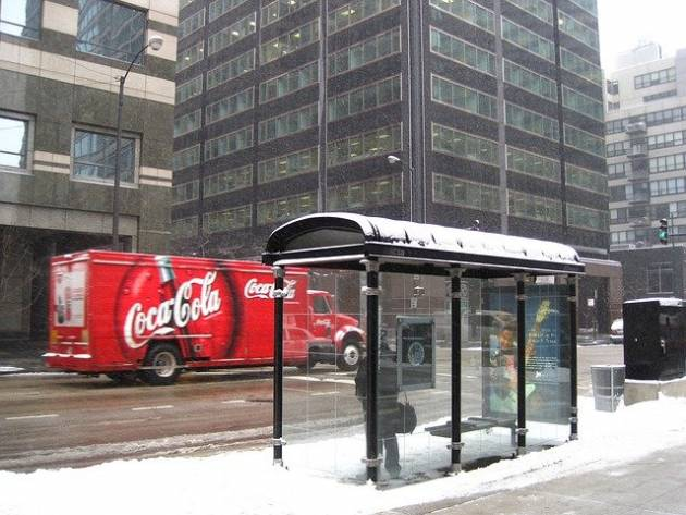 bus-stop-207302_640
