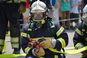 Студенты-огнеборцы постигают азы профессии